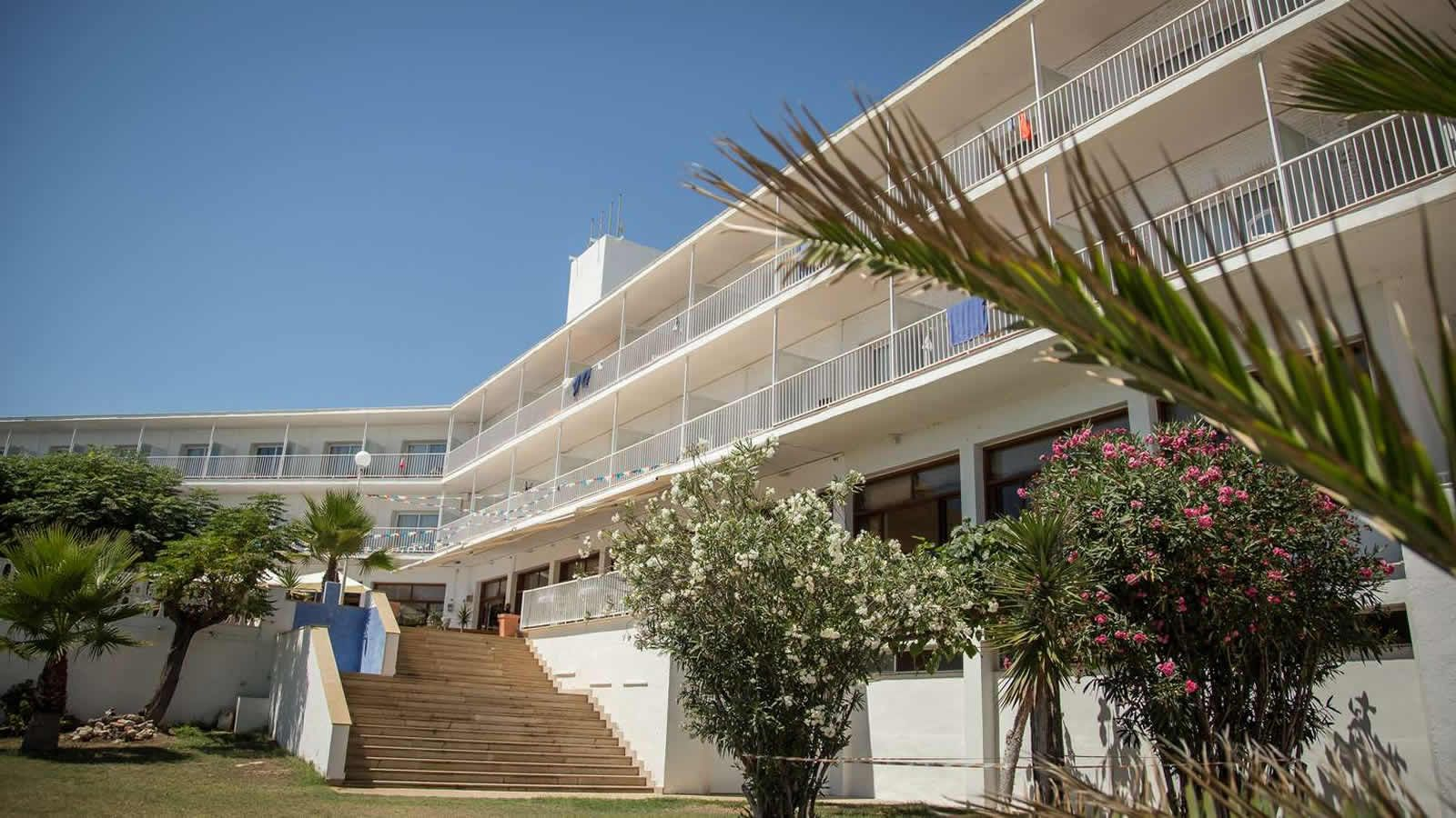 Welcome to the Carlos III Hotel in Alcanar - San Carlos de la Rapita – the Ebro Delta