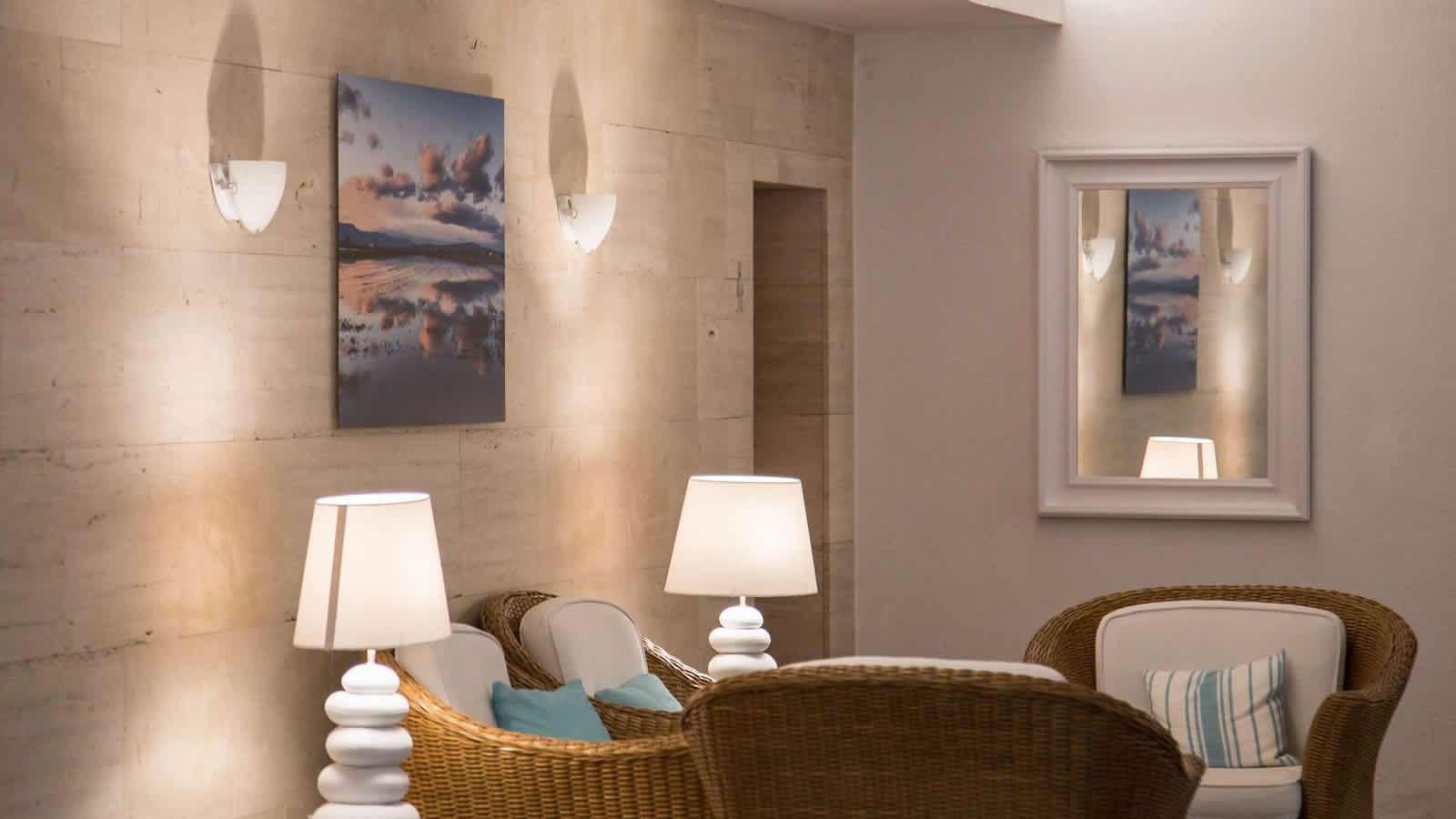 Recepció de l'hotel Sant Carles de la Ràpita, Alcanar, delta de l'Ebre