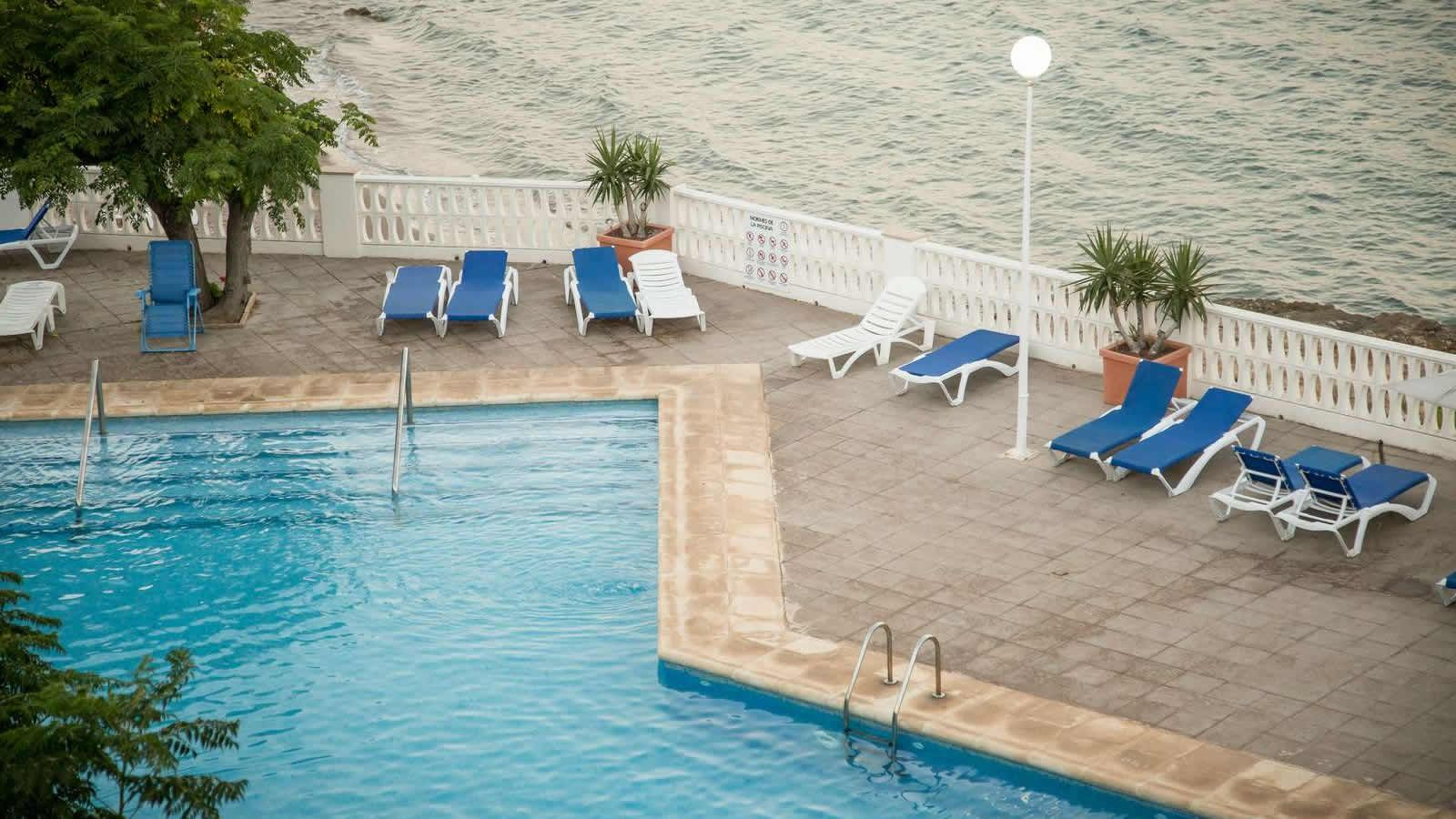 Hotel Swimming Pools by the Mediterranean Sea and the Ebro Delta